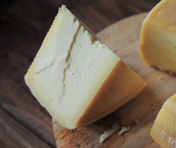 """Litro Media """"Tasting Notes from an Unqualified Cheese Reviewer"""""""